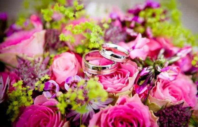 Ucapan Selamat Ulang Tahun Pernikahan untuk Orang Tua