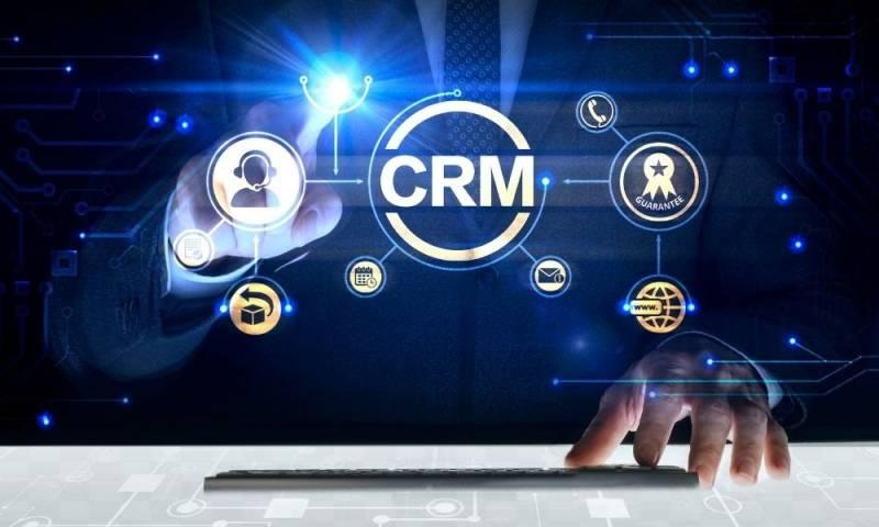 Pengertian CRM dan fitur-fiturnya